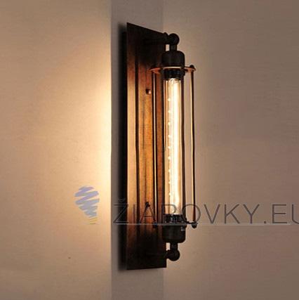 Historické rovné nástenné svietidlo s mriežkou na žiarovky typu E27 je svietidlo určené na stenu v rustikálnom vzhľade