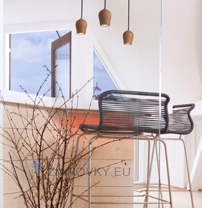 Drevené závesné svietidlá sú veľmi módne v súčasnej dobe. Sú vhodné ako dekorácia k jedálenských stolom a pultom v kuchyni alebo v spálni, nad nočnými stolíkmi (2)