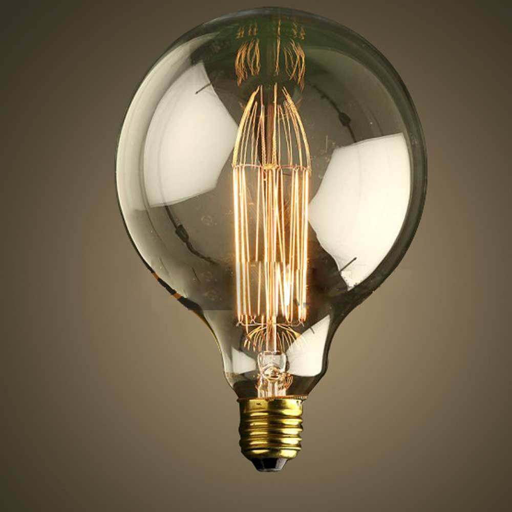 EDISON žiarovky v retro dizajne sú čoraz populárnejšie typy dekoračných žiaroviek na trhu Najväčšia dekoračná žiarovka z nášho sortimentu