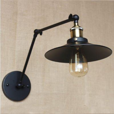 Starodávna nástenná lampa Somer s čierym tienidlom (1)