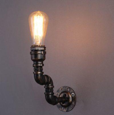 priemyselne-nastenne-svietidlo-willow-vyzdoba-v-style-osvetlenia-priemyselneho-skladu-tvoria-materialy-ako-su-klietky-vodovodne-rury-pohare-sklo-6