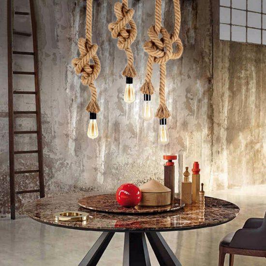 Závesné lanové lustre v historickom vzhľade. Závesné svietidlo (stropné svietidlo, luster) je kvalitný a zároveň moderný typ
