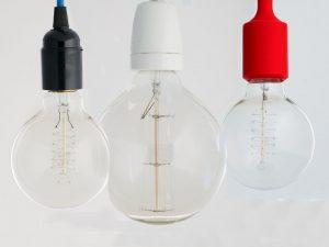 Ako-si-vytvoriť-vlastné-umelecké-svietidlo
