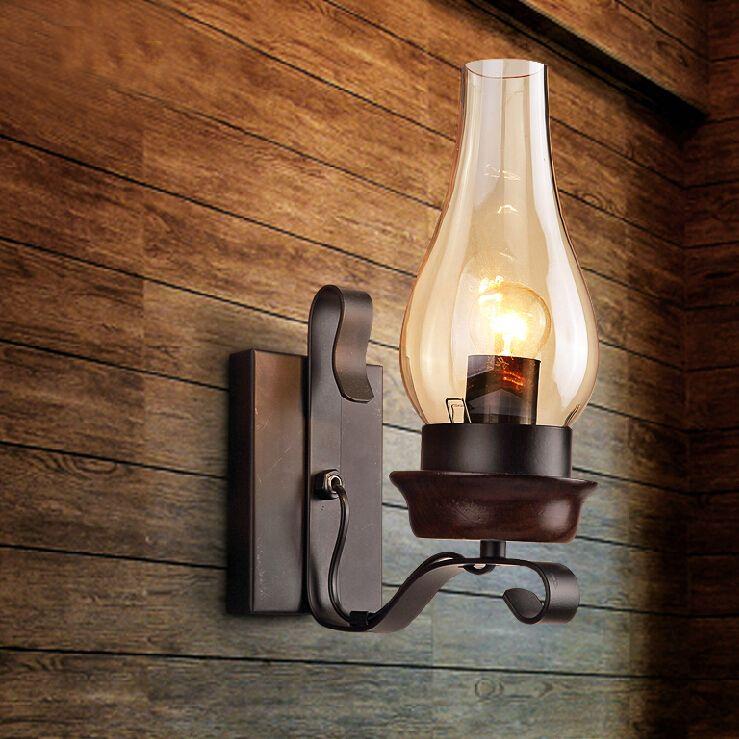 Historické-nástenné-svietidlo-v-starodávnom-dizajne2