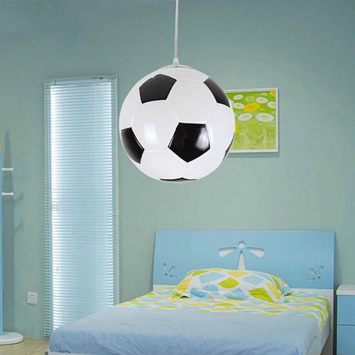 Detské závesné svietidlo v tvare futbalovej lopty (2)