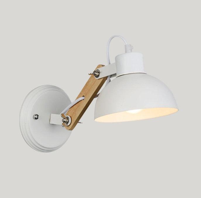 Vintage nastaviteľné nástenné svietidlo s drevom v bielej farbe