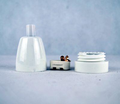 Porcelánová objímka E27 • biela farba – 2.AKOSŤ – Kozmetická vada (1)