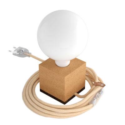 Stolová drevená lampa MoCo z prírodného korku s jutovým káblom